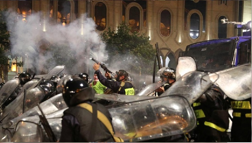240 uppges skadade i georgiska protester